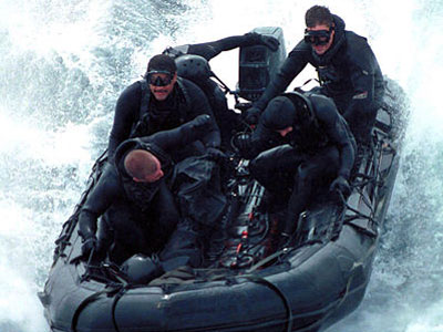Why were US NAVY SEALS reported to be seen on deepwater horizon before accident?